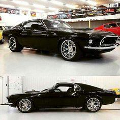 69 Mustang