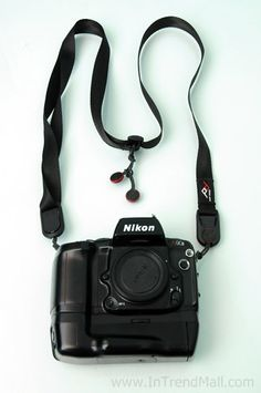 LEASH™ : The most versatile and quick-connecting camera strap in the world, Leash™ can adapt to any camera and any shooting situation. Camera Accessories, Headphones, Hacks, Design, Ear Phones, Headset, Cute Ideas, Design Comics, Tips