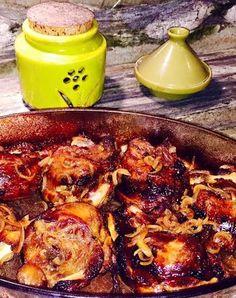 JOUES DE PORC (Galtes) A LA CATALANE (4 joues de porc, 2 oignons, 2 tomates, 2 feuilles de laurier, thym, 5 gousses d'ail, sel/poivre blanc, huile de pépins de raisin, 1 verre de vin blanc, 1 kg de patates) Wok, Raisin, Meat, Chicken, Cooking, Andorra, Diners, Invite, Inspiration
