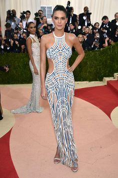 Met Gala 2016 | Se inspire no Look e Maquiagem - Kendall Jenner