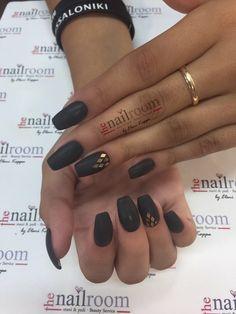 Ακρυλικό-black Matte ✔️Ευβοίας 4 📌Άγ.Ανάργυροι ☎️2102320682 #thebestacrylicsystem #professionalnails #thenailroombyelenikappa #acrylicnails #elenikappa #acrylicsystem #elenikappateam #fashionnails #artificialnails #mattenails #blacknails #eyvoias4