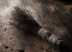 Early whisk broom
