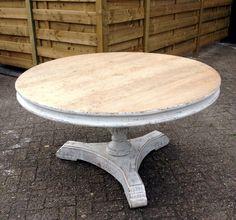Stijlvolle ronde tafel met een witte finish. - Antieke tafels, tafels van oud hout. landelijke tafels. - De Jong Interieur
