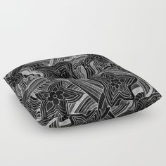 Flower Power in Black and White - $79 Floor Pillows, Flower Power, Sunglasses Case, Black And White, Hats, Flowers, Fashion, Moda, Blanco Y Negro