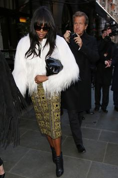 9 Fabulous Outfits You Missed Over The Weekend | The Zoe Report Naomi Campbell At Burberry Prorsum