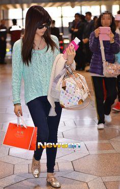 #KoreanAirportFashion Tiffany : 130325 Gimpo Airport