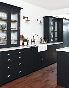 Home Decor Recibidor .Home Decor Recibidor Home Staging, Black Kitchens, Home Kitchens, Modern Kitchens, Home Decor Kitchen, Kitchen Design, Diy Kitchen, Kitchen Ideas, 10x10 Kitchen