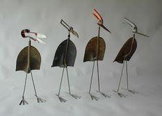 garden art shovel bird   Creative Metal Recycling