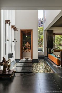 Home Decoration Ideas On A Budget Gallery of Skewed House / Studio Lagom - 26 Indian Home Design, Modern Home Design, Temple Design For Home, Home Temple, Indian Home Interior, Indian Home Decor, Indian Interiors, Kerala House Design, Wood Interiors