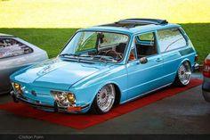 VW Brasilia saudades da minha mostarda rodas, volantinho de madeira, teto solar, bancos reclinaveis, ...