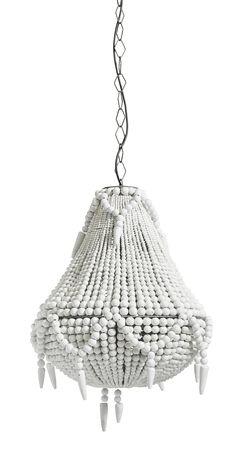 Prachtig! Deze luxe kroonluchter is gemaakt van mango en teak hout en zijn geslepen parels die samen deze ongelooflijk mooie kroonluchter vormen. Mooi voor boven de eettafel, in de hal of in de keuken. De hanglamp heeft een luxe uitstraling en toch met een vleugje warmte waardoor het een uniek design heeft. De hanglamp heeft een hoogte van 59cm. De diameter is 46cm. Er kan een E27 lamp in met max. 60 Watt. Deze kroonluchter in het wit is afkomstig van het Deense merk Nordal.