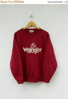 ITEM : Vintage 80s WRANGLER U.S.A Cowboy Rodeo Shirt / Wrangler Blue Bell Tee / Crewneck Hoodie Jumper Jacket Sweatshirt Size L SIZE : LARGE ( PIT 24.5 LENGTH 25 ) TAG : WRANGLER MATERIAL :100% COTTON CONDITION : EXCELLENT CONDITION PAYMENT Paypal only , Payment must be sent in 24