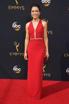 The Orphan Black actress Tatiana Maslany wowed in a red Alexander Wang gown at the 68th Annual Primetime Emmy Awards.