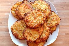 Bewertungen: Durchschnitt: Ø potato al horno asadas fritas recetas diet diet plan diet recipes recipes Cooking Chef, Cooking Recipes, Kenwood Cooking, Potatoes In Oven, Potato Cakes, Tasty, Yummy Food, Couscous, Popular Recipes