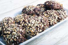 Rugbrødssnacks - eller Chokorug - med mørk chokolade og mandler Food To Go, Bread Baking, Entrees, Foodies, Picnic, Recipies, Clean Eating, Brunch, Dinner
