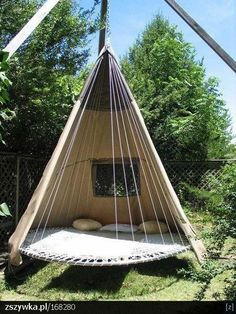 http://img.zszywka.pl/1/0016/w_8280/ogrod/wiszacy-namiot.jpg