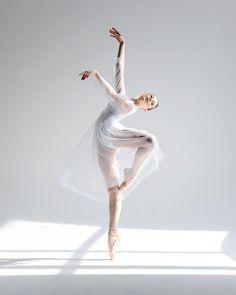 Anastasiya Nikolskaya Анастасия Никольская, The Bolshoi Ballet Academy - Photographer Daria Chenikova Ballerina Art, Ballet Art, Ballet Dancers, Ballerinas, Ballerina Project, Ballerina Dancing, Ballet Pictures, Dance Pictures, Ballet Images