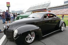 Check out William Count& 1940 Ford coupe which we selected for our Top 100 at the Goodguys Southeasern Nationals Charlotte - Street Rodder Magazine Classic Hot Rod, Classic Cars, Ford Motor Company, Hot Rods, Vintage Cars, Antique Cars, Roadster, Pt Cruiser, Us Cars