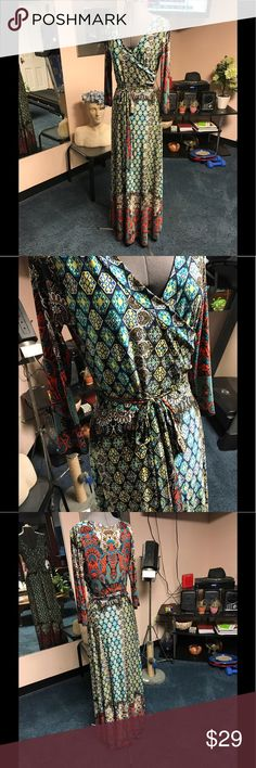 Print maxi dress Beautiful boho print faux wrap maxi dress with self tie. tuca Dresses Maxi