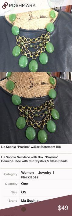 """Lia Sophia """"Prasino"""" w/Box. Statement Stone bib Beautiful Bib Statement Necklace Lia Sophia Jewelry Necklaces"""