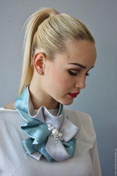 "Купить Украшение ""Прохладный ветерок"" - галстук, жабо, подарок, жемчуг, подарок девушке, бант, украшение Scarf Jewelry, Leather Jewelry, Fashion Wear, Fashion Beauty, Tie Crafts, Women Ties, Dresses For Less, Ribbon Art, Neck Scarves"