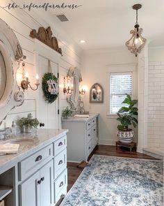 Bathroom decor for your bathroom renovation. Learn bathroom organization, master bathroom decor tips, bathroom tile a few ideas, master bathroom paint colors, and more. Bathroom Goals, Small Bathroom, Shiplap Master Bathroom, Bathroom Organization, Master Bathrooms, Cozy Bathroom, Minimal Bathroom, Bathroom Red, Mosaic Bathroom
