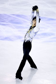 Yuzuru Hanyu of Japan competes in the Ice Men Free Skating Final during day three of the ISU Grand Prix of Figure Skating Final 2014/2015 at Barcelona International Convention Centre on December 13, 2014 in Barcelona, Spain.
