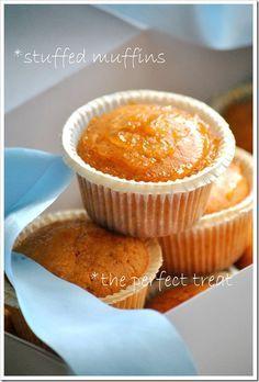 Orange muffins with jam filling Greek Sweets, Greek Desserts, Sweets Recipes, Cake Recipes, Orange Muffins, Cookie Frosting, Cupcake Cakes, Cupcakes, No Bake Cake