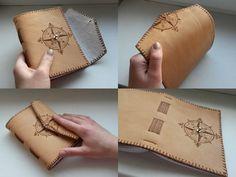 Malý kožený zápisník s kompasom A6 / little leather journal with compass / handmade by ARDEAS / original bookbinding / pyrography