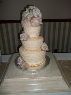 Cake for wedding held in Cumberland Gap, TN~--Tina Johnson (Save Room For Cake!)