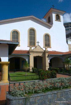 reciclandoenelatico.com  F.B.Iglesia Nuestra Señora de Guadalupe.(1957) Las Mercedes, Caracas