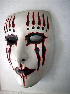 Mis mascaras hechas con ceramica en frio