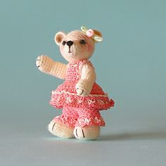 Ravelry: Cassie, A Tiny Crocheted Bear free pattern by Sue Pendleton