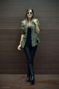 como usar camisa verde ou parka -> atualizar o look all black