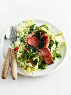 pasta met boerenkool-pesto Pesto, 20 Min, Great Recipes, Ecommerce, Pork, Cheddar, Pizza, Chicken, Dinner