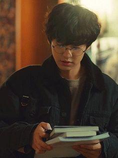 from the story 《Un clair de lune》 ChanBaek by (☁️ Galaxy 🌸) with reads. Baekhyun Chanyeol, Exo Chanbaek, Chansoo, Kim Minseok, Exo Chanyeol, Chen, Cha Eun Woo, Taehyung, Exo Members