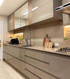 New Kitchen Interior, Modern Kitchen Interiors, Contemporary Kitchen Design, Kitchen Cupboard Designs, Kitchen Room Design, Home Decor Kitchen, Kitchen Cabinets, Kitchen Modular, Open Kitchen