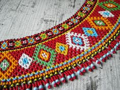Ґердан і мотанка  Gerdan & motanka: Лемківська криза мала Beaded Flowers Patterns, Beaded Jewelry Patterns, Beaded Embroidery, Embroidery Designs, Kutch Work Designs, Loom Beading, Bead Art, Bead Weaving, Jewelry Crafts
