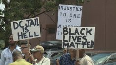 Inmate advocates rallied outside the D.C. jail Wednesday protesting what they call in-humane conditions inside the 44-year-old jail,…