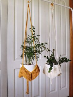 Macrame plant hanger on a wooden ring with fringe details. Length measures approximately from wooden ring to base of pot. *pot and plant not included* Macrame Wall Hanging Diy, Macrame Plant Holder, Plant Holders, Rope Plant Hanger, Deco Nature, Macrame Design, Macrame Projects, Macrame Patterns, Hanging Plants