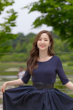 Park Min Young tung b?i trên phim tr?ng 'Her Private Life' Female Actresses, Korean Actresses, Korean Actors, Korean Beauty Girls, Korean Girl, Asian Beauty, Park Min Young, Young Fashion, Beautiful Hijab