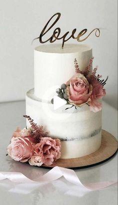Luxury Wedding Cake, Black Wedding Cakes, Wedding Cake Rustic, Elegant Wedding Cakes, Elegant Cakes, Beautiful Wedding Cakes, Wedding Cake Designs, Beautiful Cakes, Cake Wedding