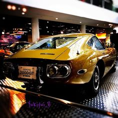 Toyota 2000GT もっと見る Classic Japanese Cars, Classic Cars, Retro Cars, Vintage Cars, Classic Car Garage, Type E, Nissan Z Cars, Toyota 2000gt, Life Car