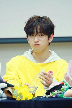 Jinyoung GOT7