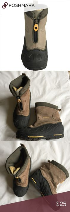 Columbia Kids Boots Youth Boys Girls 5 Snow boots Bugazip Too Jr Suede leather winter boots , rubber and suede ,First photo used for exposing, have few signs of wear please examine each photo Columbia Shoes Rain & Snow Boots