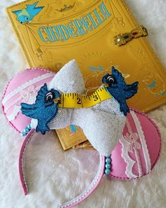 Diy Mickey Mouse Ears, Diy Disney Ears, Disney Mickey Ears, Disney Hair, Disney Headbands, Fabric Headbands, Cinderella Mice, Disneyland Ears, Cute Disney Outfits