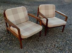 Paire de fauteuils scandinave de Grete Jalk années 60 teck