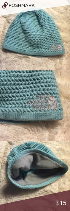 NORTHFACE unisex teal beanie. One size Worn once light blue beanie. Great condition. 100% acrylic. Inner liner 100% polyester. Made in Canada. North Face Accessories Hats