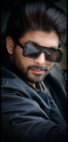 Stylish Super Star Allu Arjun wearing Sunglasses