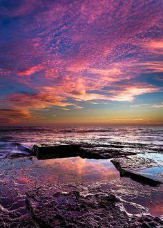 Pink Morning     by Gav Owen, via Flickr